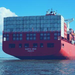 Auch der Transport von China nach Europa ist bei einer Amazon FBA Checkliste nicht außer Acht zu lassen. Hier erfährst du, wann das für dich wichtig wird.